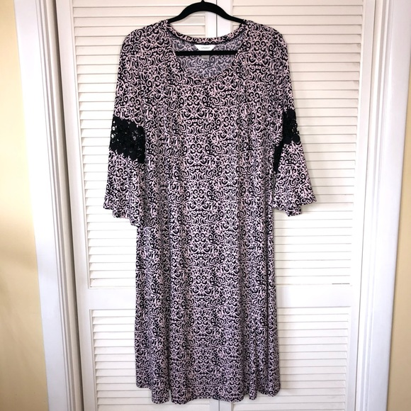 CJ Banks Plus Size Stretch Shift Dress Size 1X